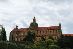 Kloster Kladruby,   Foto: JirkaStejskal (Own work), CC-BY-SA-3.0, via Wikimedia Commons