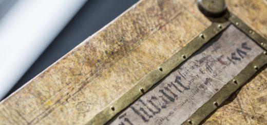 Vorderdeckel des Bibliothekskatalogs der Erfurter Kartause (Erfurt, Bistumsarchiv, Hs. Hist. 6), Foto: Jörg Blum (Freiburg)